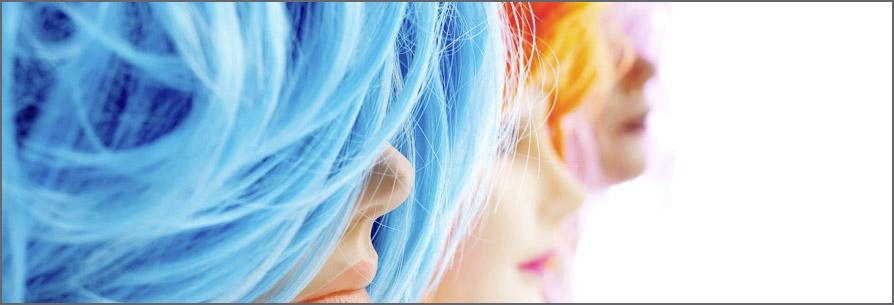 c28e2471e Rady a tipy ako sa starať o parochňu a príčesok z umelých vlasov